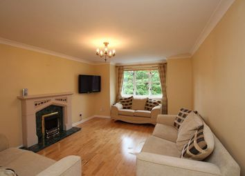 Thumbnail 3 bed flat to rent in Hamilton Road, Motherwell