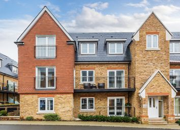 Eden Road, Dunton Green, Sevenoaks TN14. 2 bed flat for sale