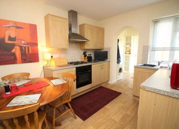 Thumbnail 3 bedroom flat for sale in Grove Road, Barnet