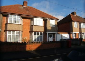 Thumbnail 3 bedroom property to rent in Ellis Avenue, Slough, Berkshire