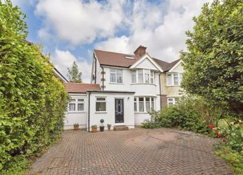 4 bed property to rent in Richmond Road, Kingston Upon Thames KT2