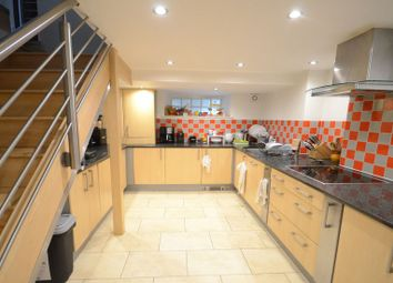 Thumbnail 2 bed flat to rent in Eldon Square, Reading