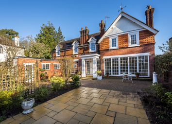 4 bed detached house to rent in Southborough Road, Surbiton KT6