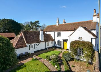 Havant Road, Hayling Island PO11. 6 bed detached house for sale