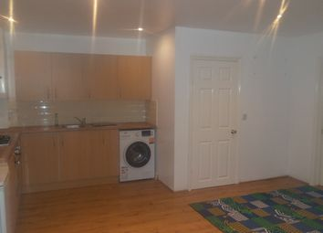 Thumbnail 2 bed flat to rent in Whalebone Lane North, Romford
