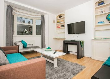 Bolting House, London SW18. 3 bed flat
