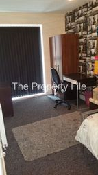 10 bed town house to rent in Dryden Street, Manchester M13