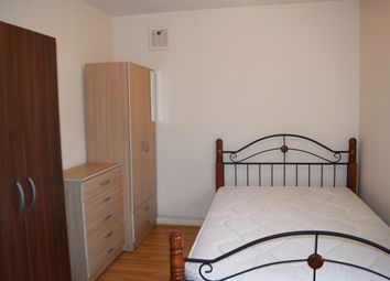 Thumbnail Room to rent in Hollybush House, Room 6, Hollybush Gardens, Bethnal Green