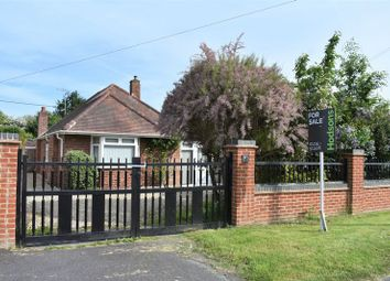 3 bed bungalow for sale in Park Road, Didcot OX11