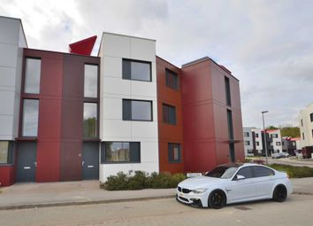 Thumbnail 3 bed town house to rent in Milland Way, Milton Keynes