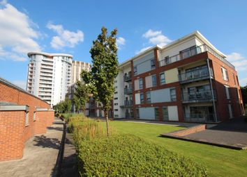 Thumbnail 1 bedroom flat to rent in Broad Weir, Broadmead, Bristol