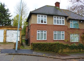 2 bed maisonette to rent in Oak Wood Close, Woodford Green IG8