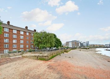 Thumbnail 2 bedroom flat for sale in Coltman House, Greenwich