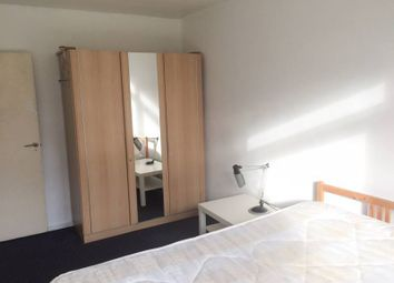 Thumbnail 4 bedroom shared accommodation to rent in Hanbury Street, London