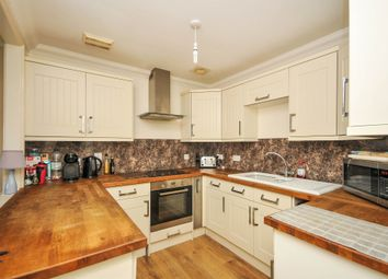 Thumbnail 2 bed flat for sale in Colebrook Road, Tunbridge Wells