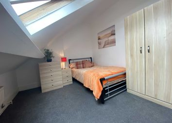 Thumbnail Room to rent in Room 5, Cranwell Street