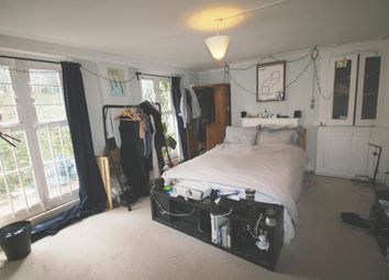 Thumbnail 1 bedroom flat to rent in Southgate Road, Islington