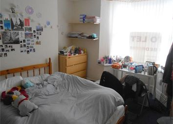 Thumbnail 5 bed shared accommodation to rent in De-Breos, Brynmill, Swansea