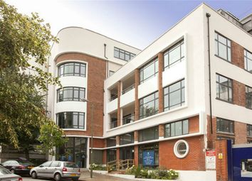 Thumbnail 2 bed flat for sale in Dollis Park, Finchley