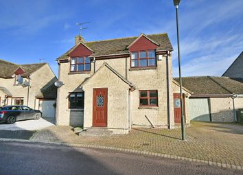 Thumbnail 3 bed link-detached house for sale in The Spinney, Lechlade