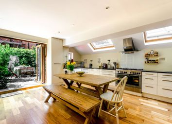 Thumbnail 4 bed property for sale in Darlan Road, Parsons Green