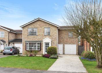 Thumbnail 4 bed detached house for sale in Greenwood Grove, Winnersh