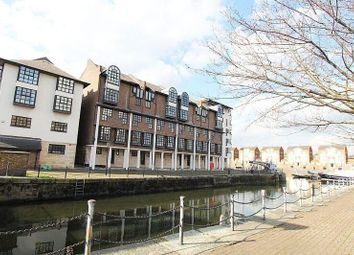 Thumbnail 2 bedroom flat for sale in Rope Street, London