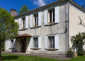 Thumbnail Farm for sale in St-Maurice-Des-Lions, Charente, France