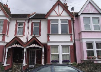 Thumbnail 1 bed flat to rent in Beedell Avenue, Westcliff-On-Sea