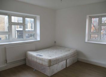Thumbnail 1 bed flat to rent in Betts Street, London