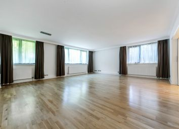 Thumbnail 3 bedroom flat to rent in Finchley Road, Greater London