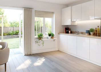 Thumbnail 2 bedroom flat for sale in Brookland Court, Saxon Square, Kimpton Road, Luton, Bedfordshire