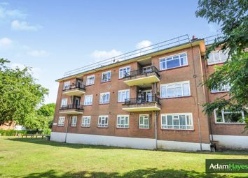 3 bed flat for sale in Eversleigh Road, London N3
