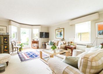 Thumbnail 2 bed flat to rent in East Hill, Wandsworth
