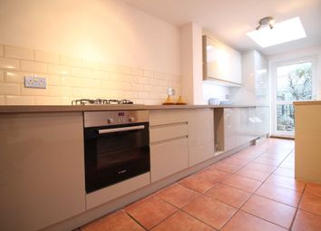 Thumbnail 2 bed cottage to rent in Orchard Road, Brentford