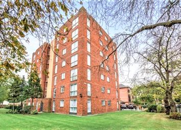 Thumbnail 2 bed flat to rent in Tavistock Road, Croydon