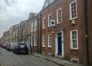 Thumbnail 1 bed flat to rent in Albury Street, London