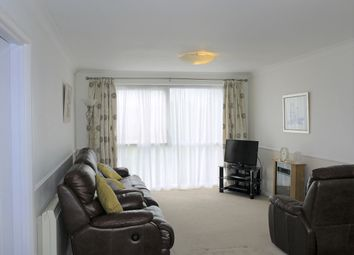 Thumbnail 2 bedroom flat for sale in Thornton Road, Potters Bar