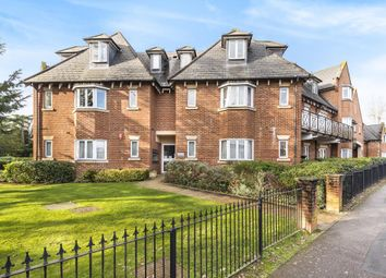 2 bed flat for sale in Stanmore, Middlesex HA7