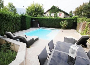 Thumbnail 5 bed property for sale in Thônex, Switzerland