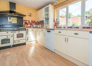 Thumbnail 3 bed terraced house for sale in Summer Dale, Welwyn Garden City