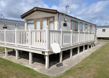 3 bed mobile/park home for sale in Naish Estate, Barton On Sea, New Milton BH25