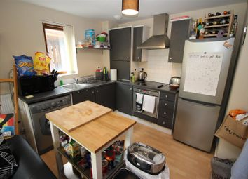 Thumbnail 2 bedroom flat for sale in Cowleaze, Chippenham