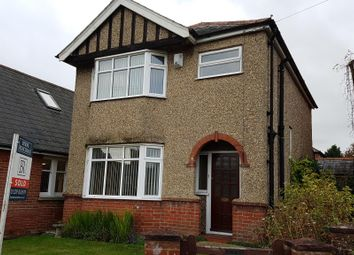 Thumbnail 3 bed detached house to rent in Station Road, Wickham, Fareham