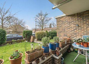 1 bed flat for sale in Sycamore Road, Wimbledon Common SW19
