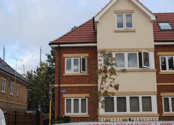 Thumbnail 2 bed flat to rent in High Field House, Roe Green Lane, Hatfield