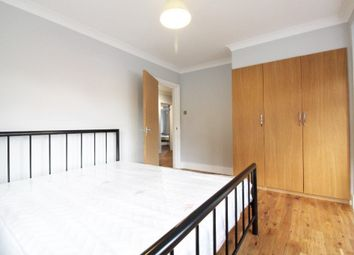 Thumbnail Room to rent in Sussex Way, Oakwood