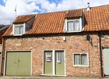 Thumbnail 2 bed cottage to rent in The Shambles, Castledyke South, Barton-Upon-Humber