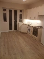 Thumbnail 2 bed flat to rent in Second Avenue, Hendon