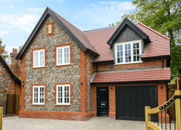 3 bed property to rent in Watling Street, Radlett WD7